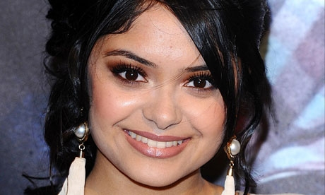 Afshan Azad Net Worth