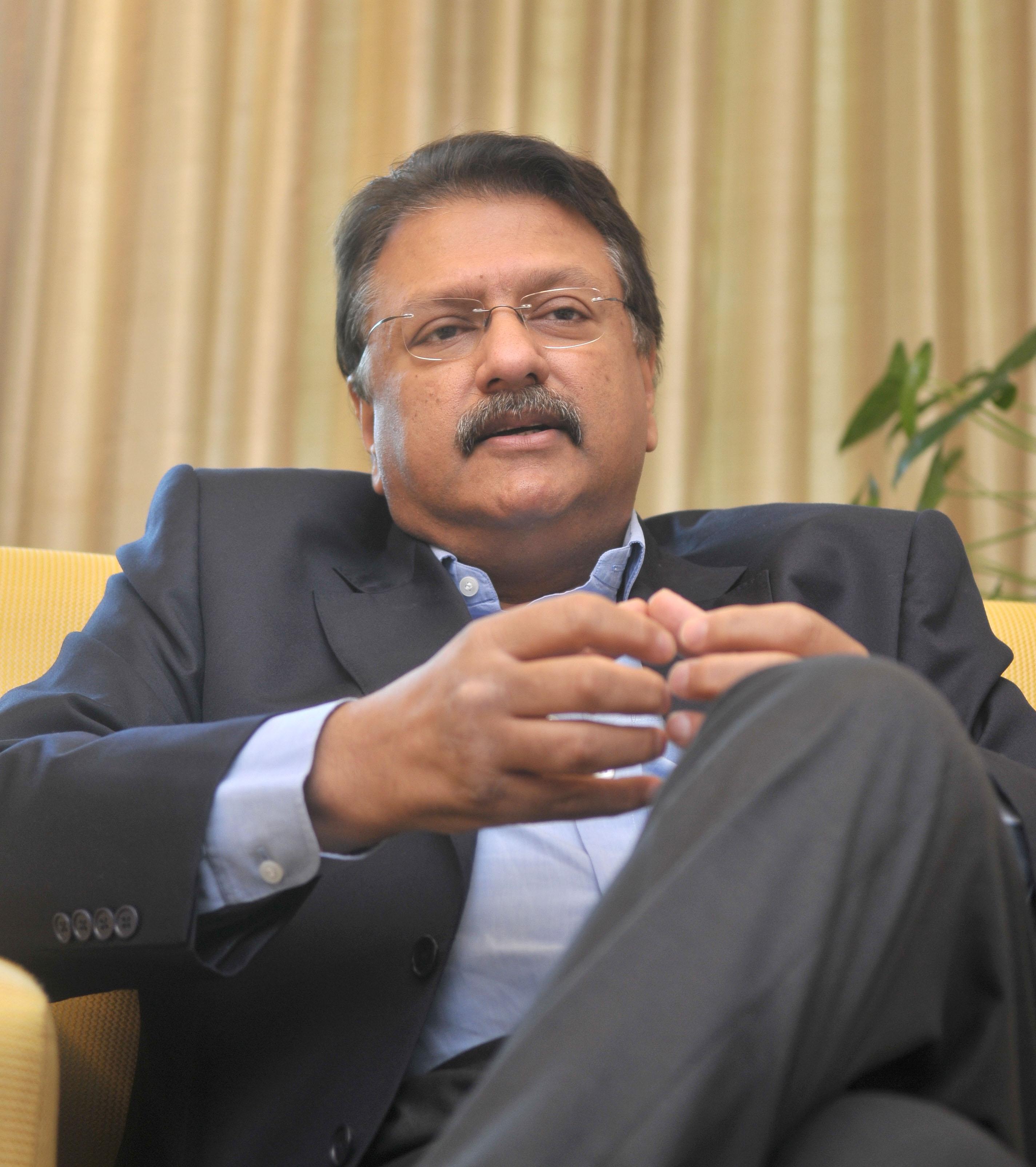 Ajay Piramal Net Worth