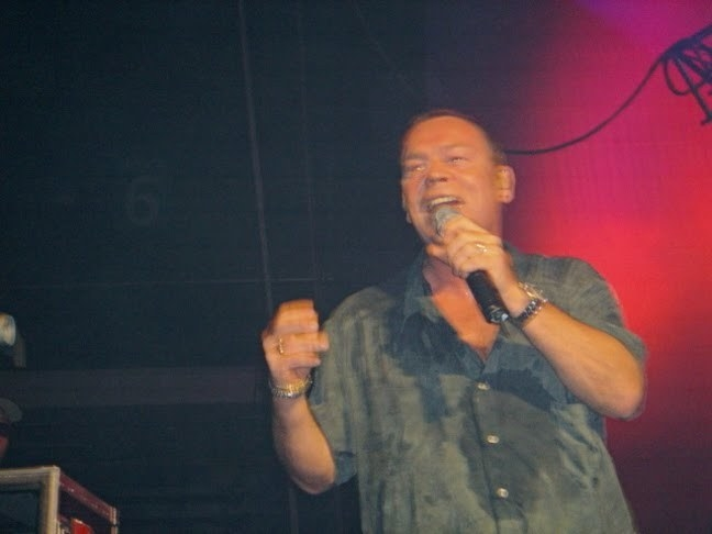 Ali Campbell Net Worth