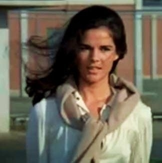Ali MacGraw Net Worth
