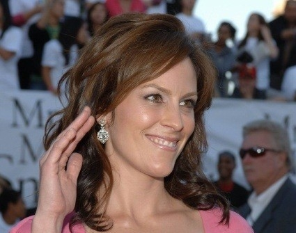 Annabeth Gish Net Worth