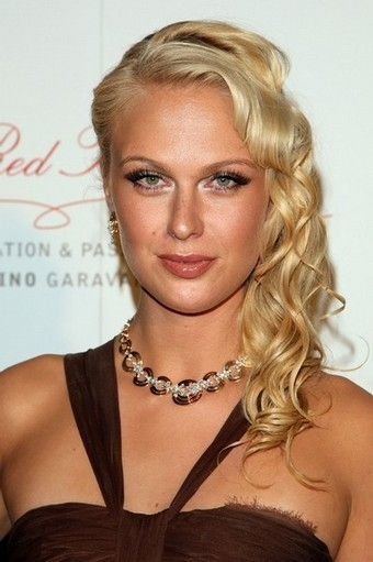 CariDee English Net Worth