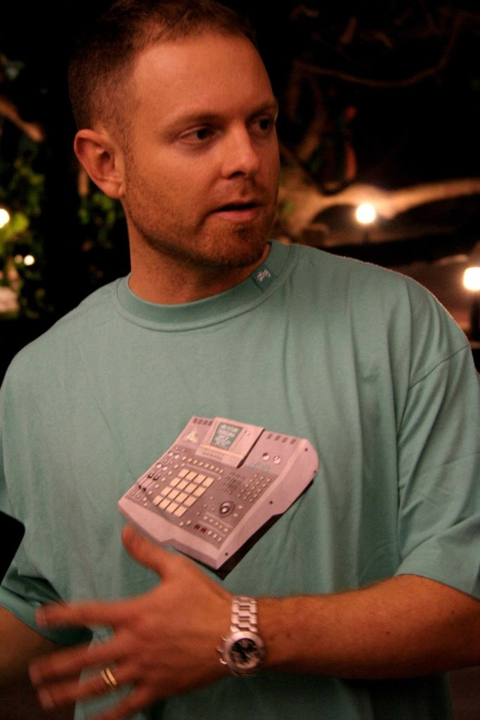 DJ Shadow Net Worth