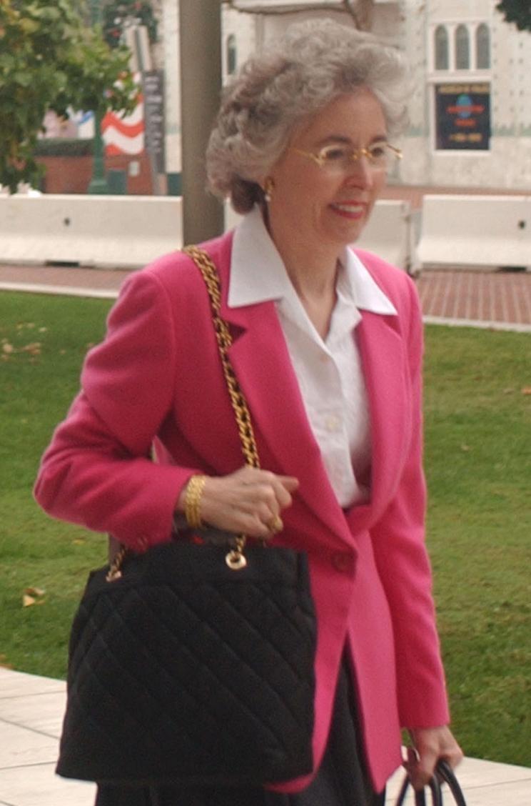 Elaine Marshall Net Worth
