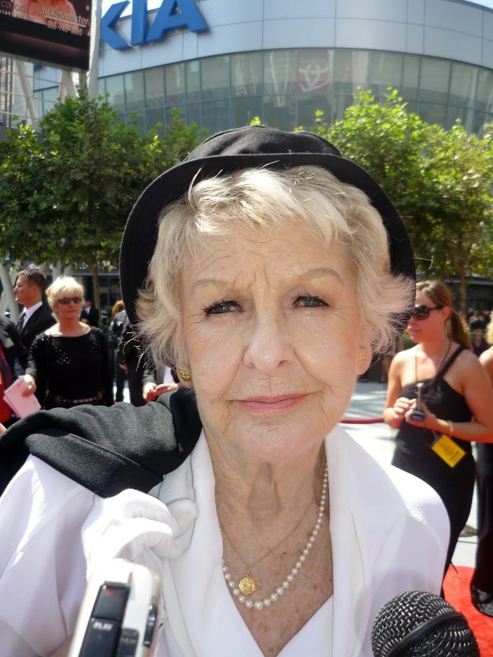 Elaine Stritch Net Worth