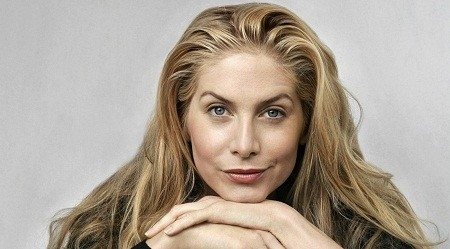 Elizabeth Mitchell Net Worth
