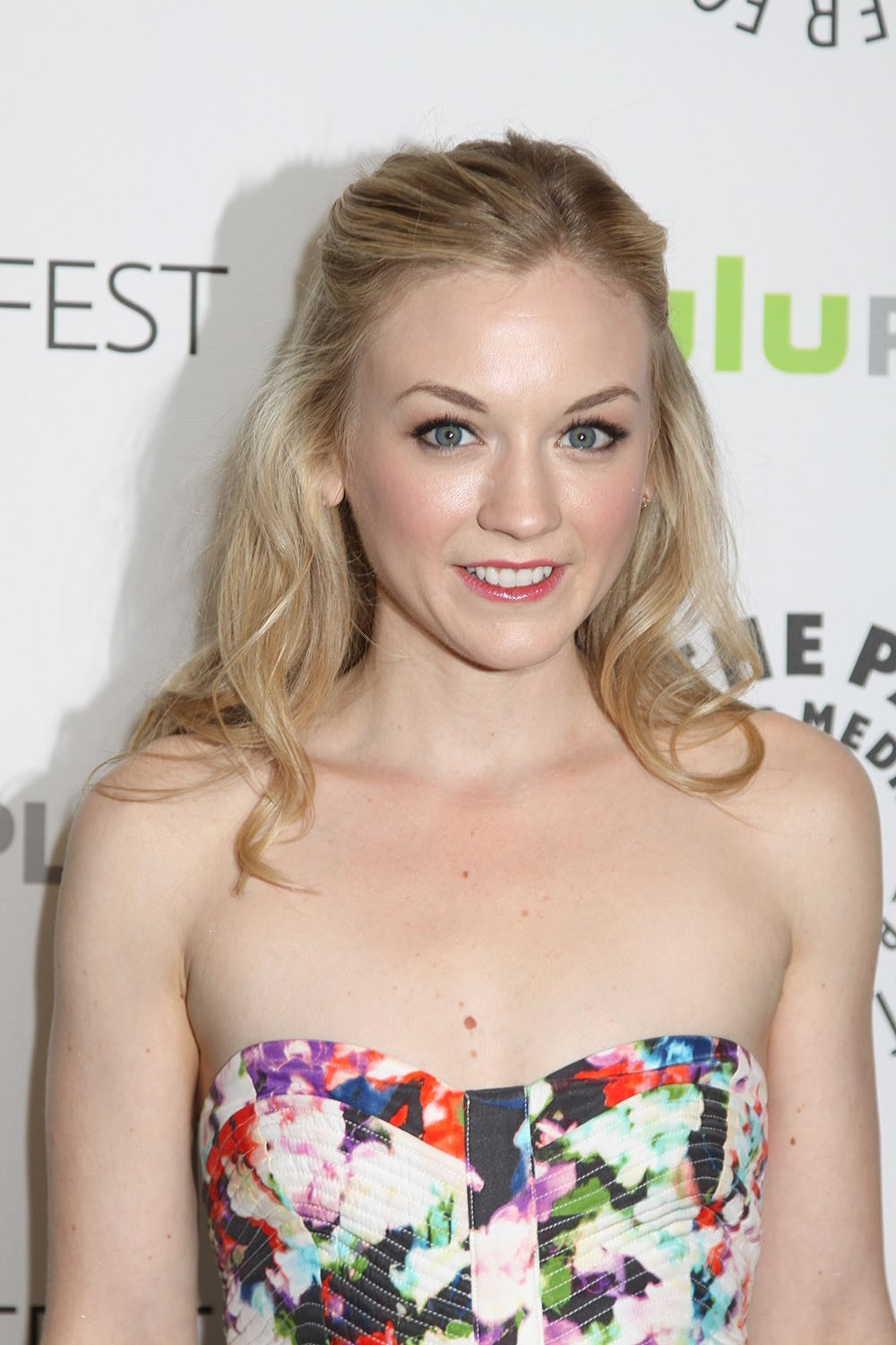 Emily Kinney Net Worth