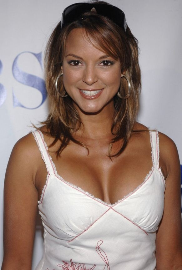 Eva LaRue Net Worth