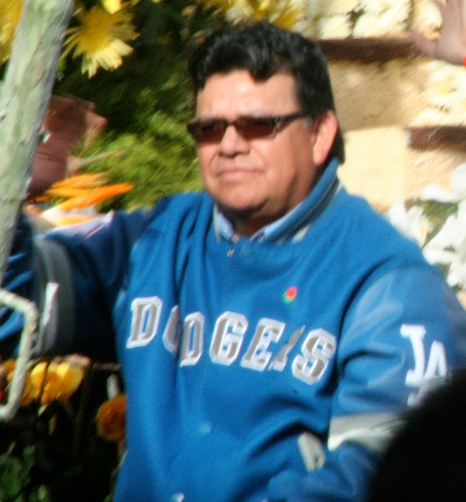 Fernando Valenzuela Net Worth