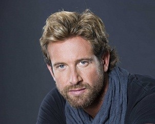 Gabriel Soto Net Worth