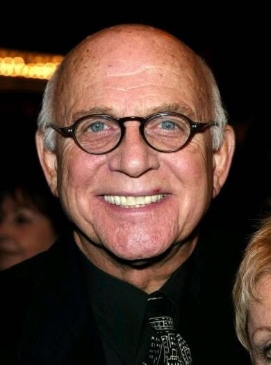Gavin MacLeod Net Worth