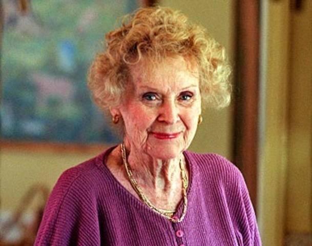 Gloria Stuart Net Worth