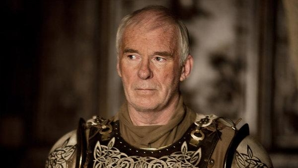 Ian McElhinney Net Worth