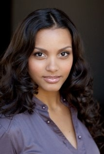 Jessica Lucas Net Worth