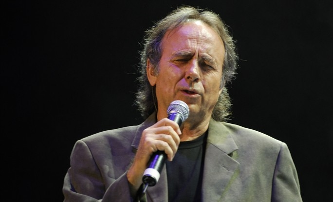 Joan Manuel Serrat Net Worth