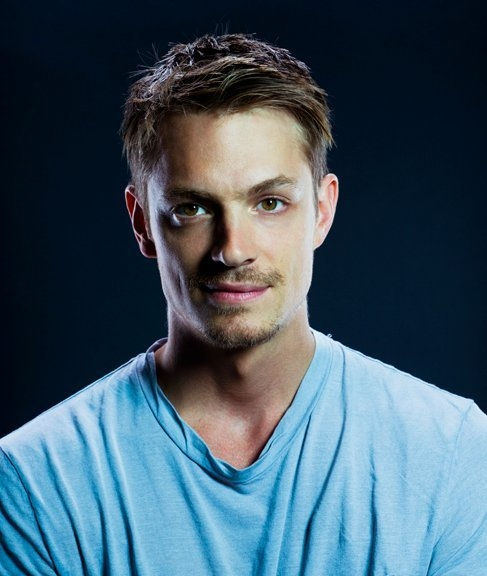 Joel Kinnaman Net Worth