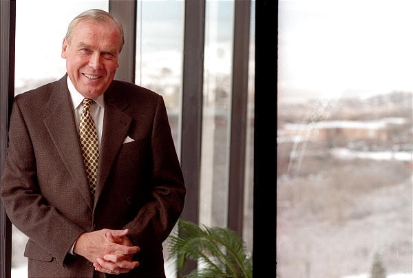 Jon Huntsman, Sr Net Worth
