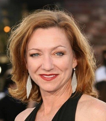 Julie White Net Worth