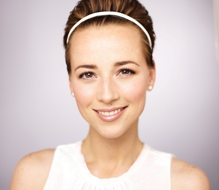 Karine Vanasse Net Worth