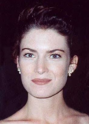 Lara Flynn Boyle Net Worth