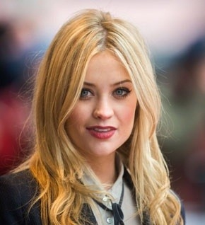Laura Whitmore Net Worth