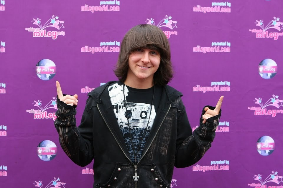 Mitchel Musso Net Worth