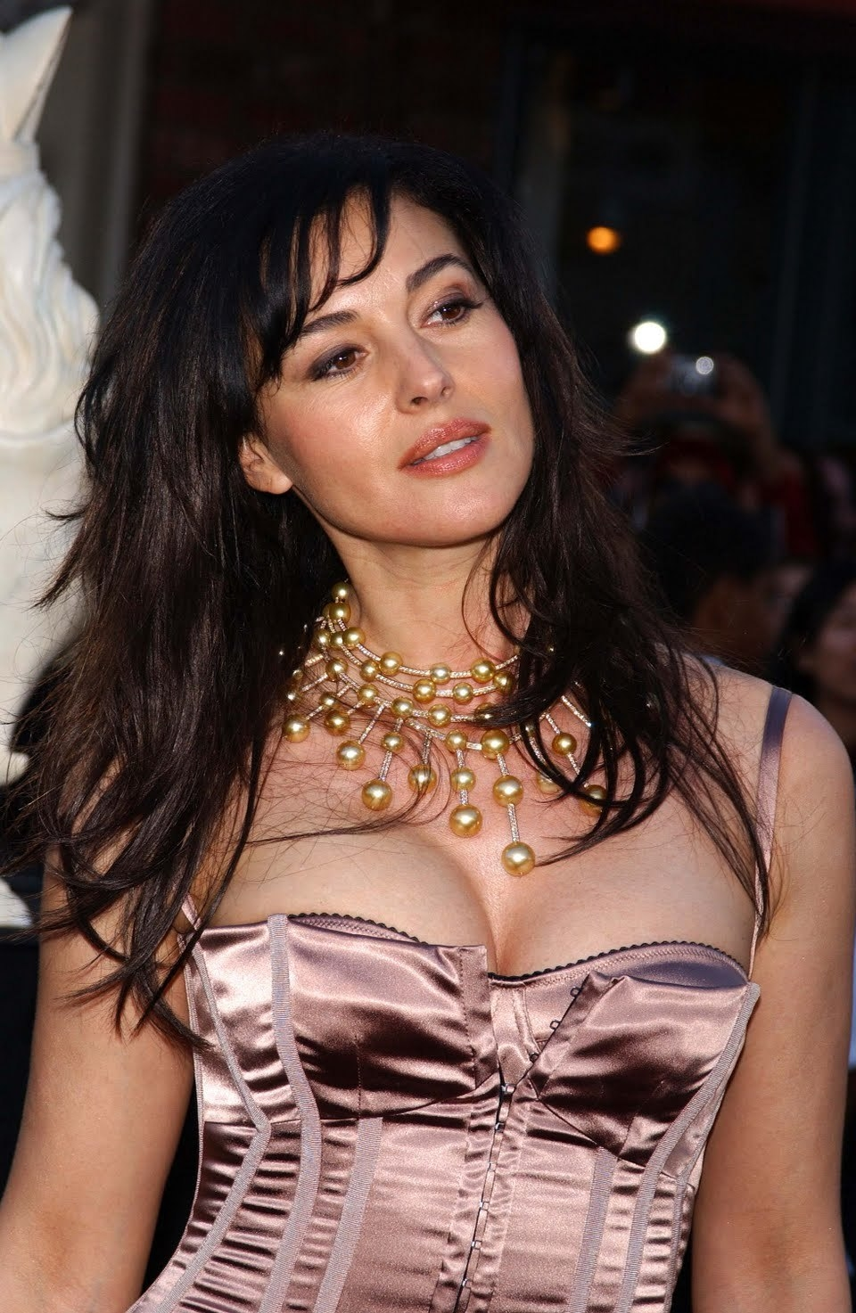 Monica Bellucci Net Worth