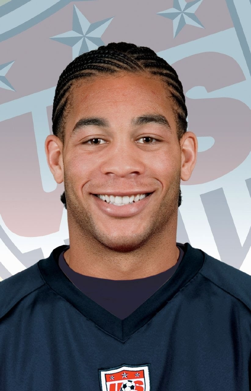 Oguchi Onyewu Net Worth