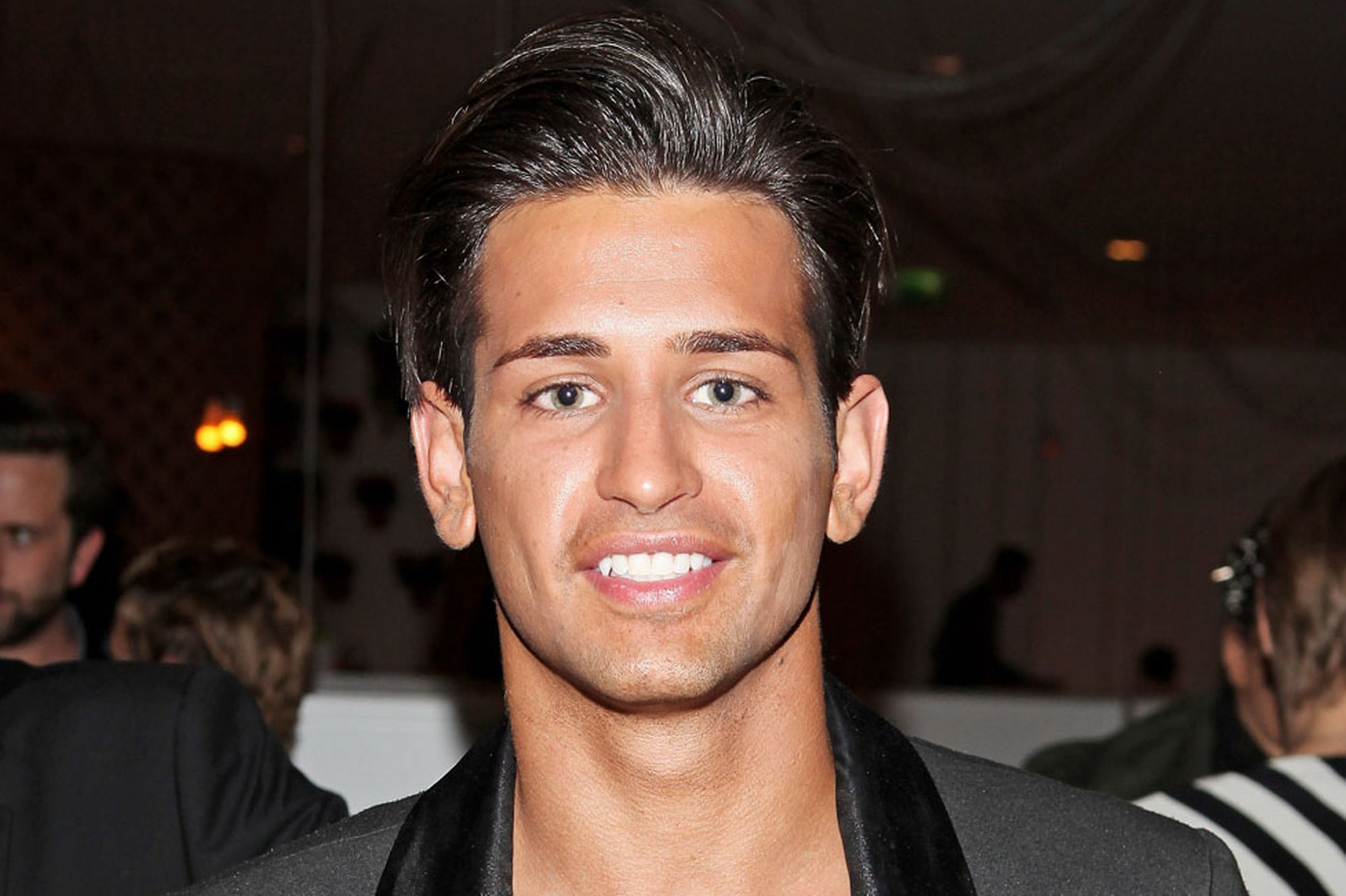 Ollie Locke Net Worth