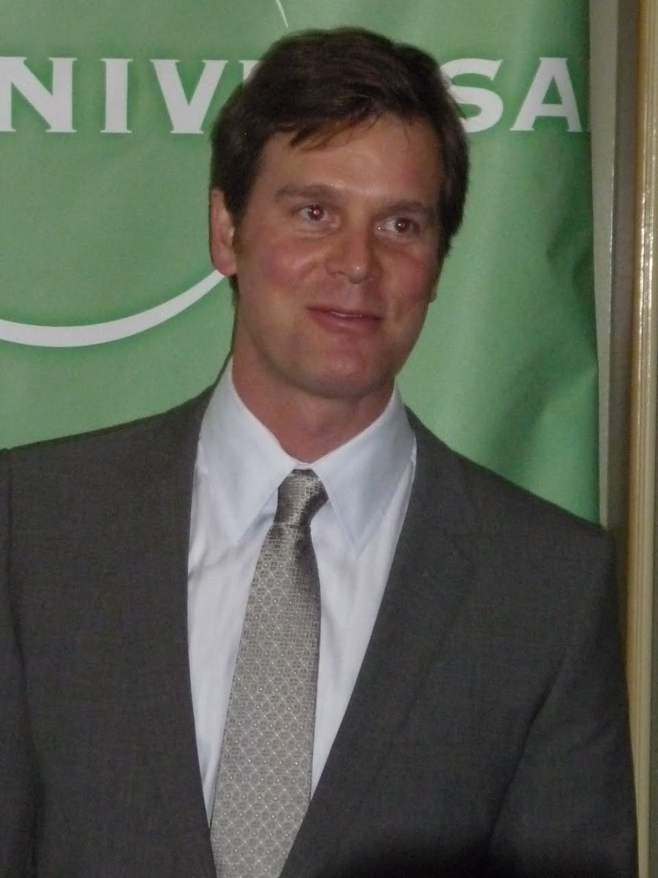 Peter Krause Net Worth