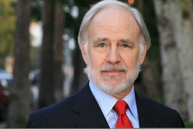 Robert Pine Net Worth