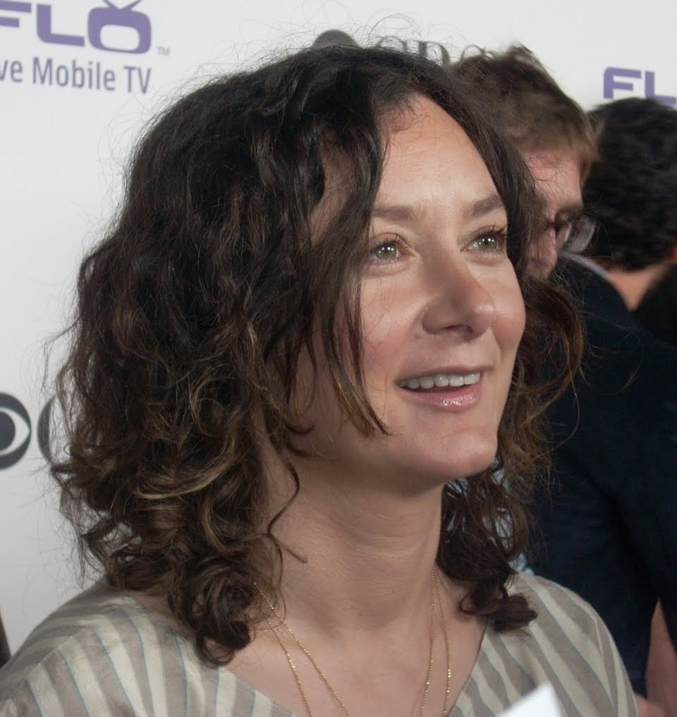 Sara Gilbert Net Worth