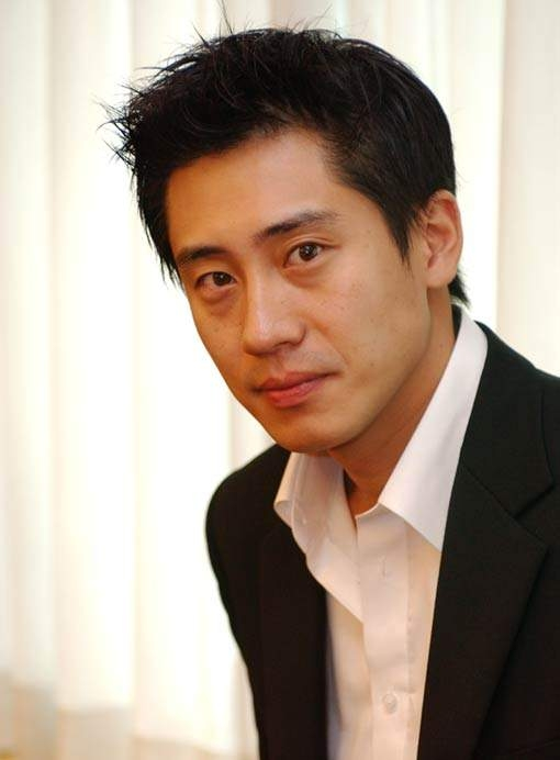 Shin Ha-kyun Net Worth