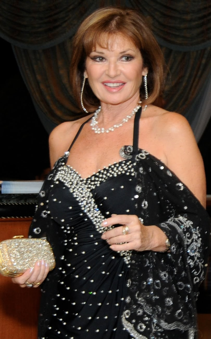 Stephanie Beacham Net Worth