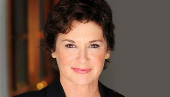 Stephanie Zimbalist Net Worth