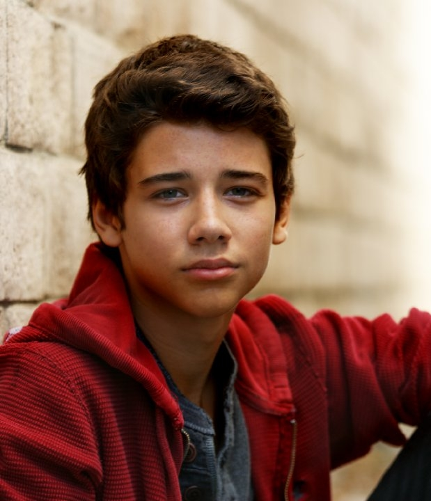 Uriah Shelton Net Worth