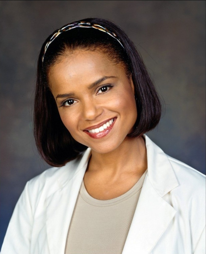 Victoria Rowell Net Worth