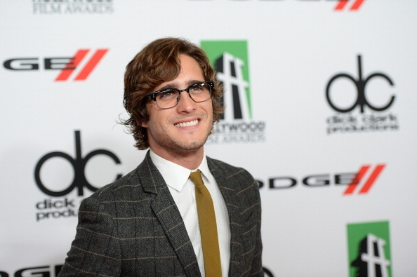 Diego Boneta Net Worth