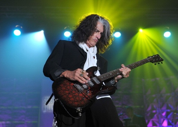 Joe Perry Net Worth
