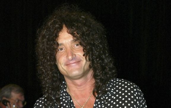 Kevin DuBrow Net Worth