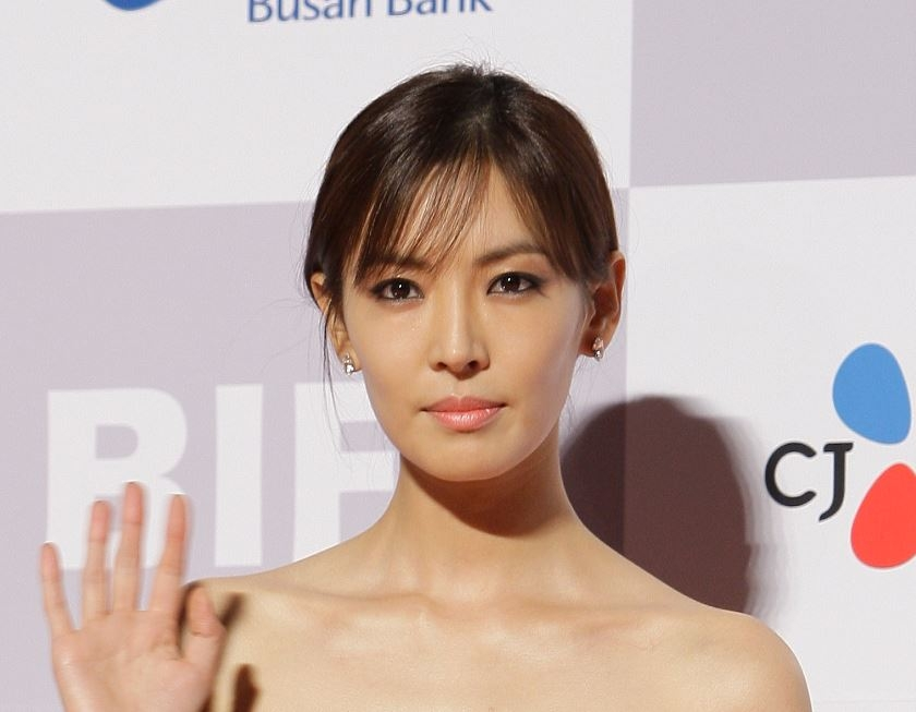 Kim So Yeon Net Worth