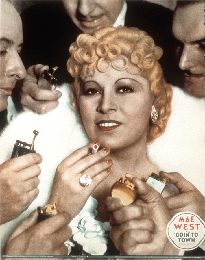 Mae West Net Worth