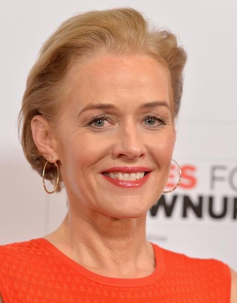 Penelope Ann Miller Net Worth