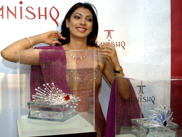 Yukta Mookhey Net Worth